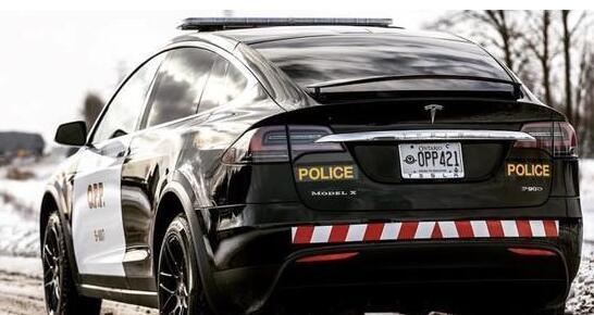 瑞士购7辆ModelX当警车 节省使用和维护成本