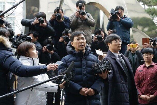韩政坛明星安熙正再次否认性侵 称双方你情我愿