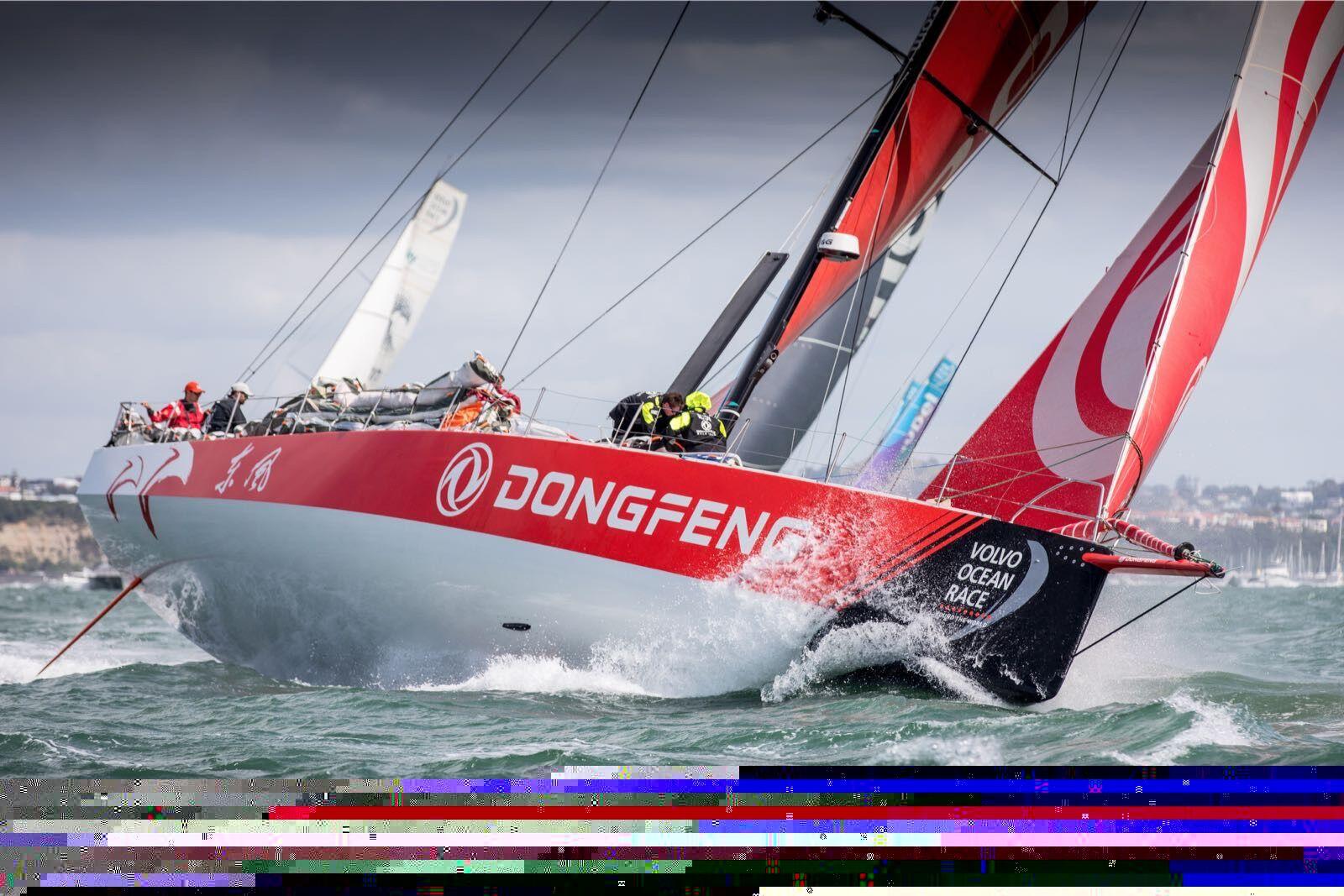 沃尔沃环球帆船赛:奥克兰再次启航 奋进挑战南大洋
