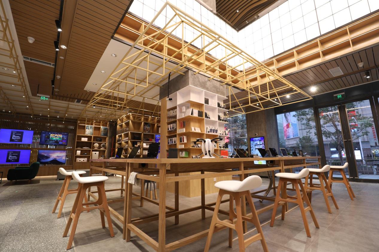 苏宁极物开启规模化拓展步伐 3年拟开300家店