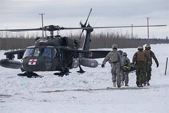 这才是全球军队:美军南北极同时行动