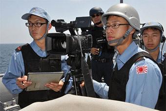日本展示反海盗强大力量 其中眼镜兵不少