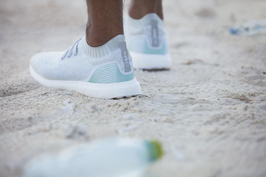 阿迪达斯与海洋环保组织合作推出环保概念鞋