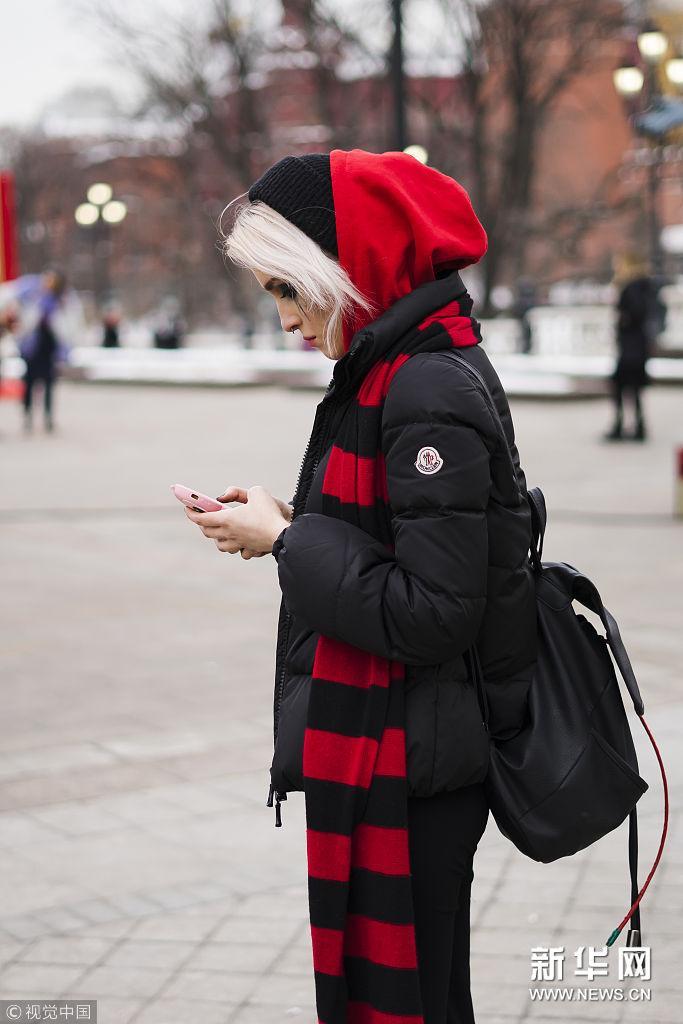 2018秋冬俄罗斯时装周:潮人街拍