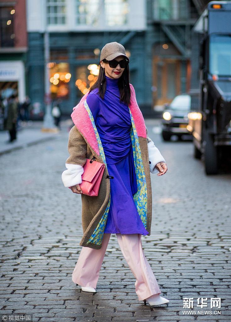 裙裤叠穿有套路 早春搭配不单调