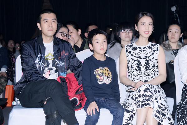 杨子、黄圣依为《时尚新娘》拍摄封面大片,幸福感爆棚引发热议!