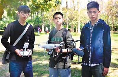航拍魅力广州 飞手还在读高中