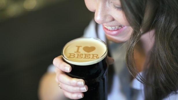 Beer Ripples使用基于麦芽的墨水打印文字或图像