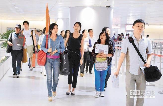 大陆游客锐减台湾景区门可罗雀 商家叹生意难做