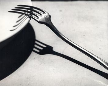 吃饭前开光照 餐具这样拍才好看