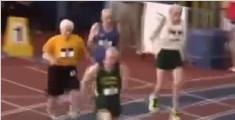 百岁老人60米短跑健步如飞