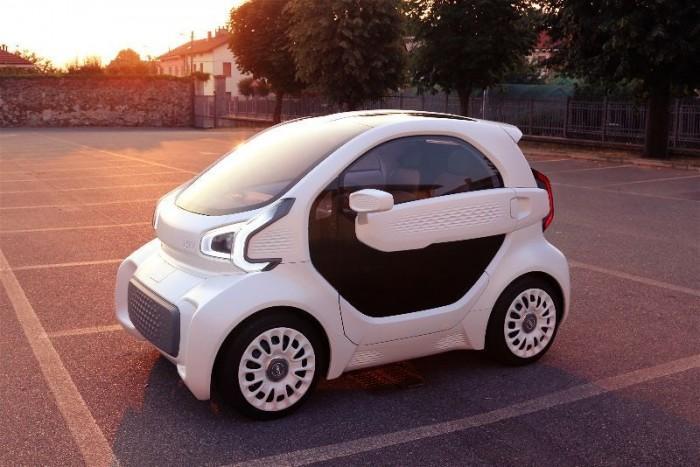 号称世界上第一款大规模量产的3D打印电动汽车