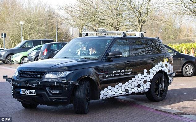 捷豹路虎在英启动无人驾驶汽车路试