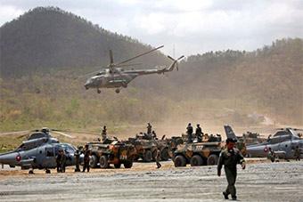 中柬联合演练直升机装甲车全体出动