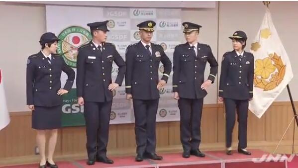 日本陆上自卫队时隔27年更换制服 理由是确保优秀人才