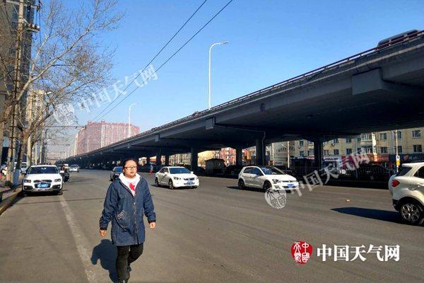周末京津冀等地气温将破20℃ 南方雨水发展