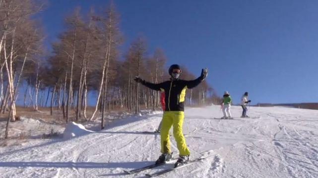 做自己想做的 截瘫挡不住他享受滑雪的自由