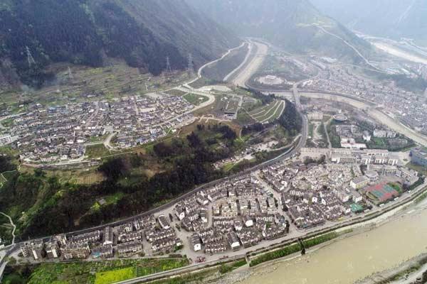 浴火重生的四川汶川映秀镇