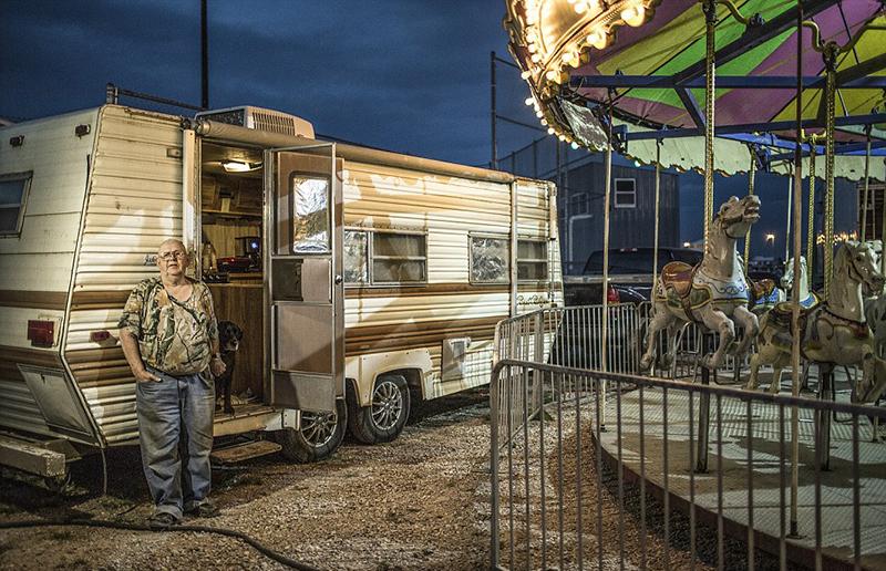 美国女摄影师横跨全美拍摄乡村集市珍贵照片