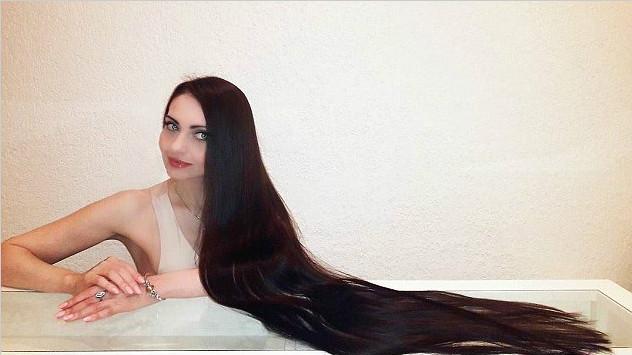 长发公主秀1.5米长发 分享护发秘诀