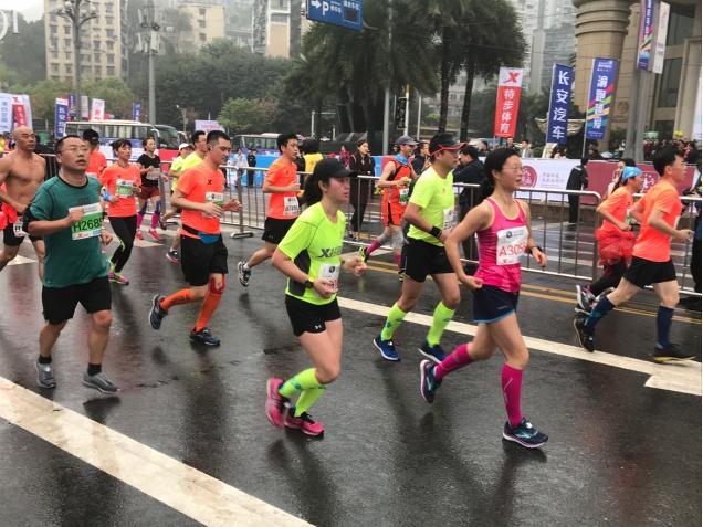 悍将助力2018重庆国际马拉松 打造赛道靓丽风景线