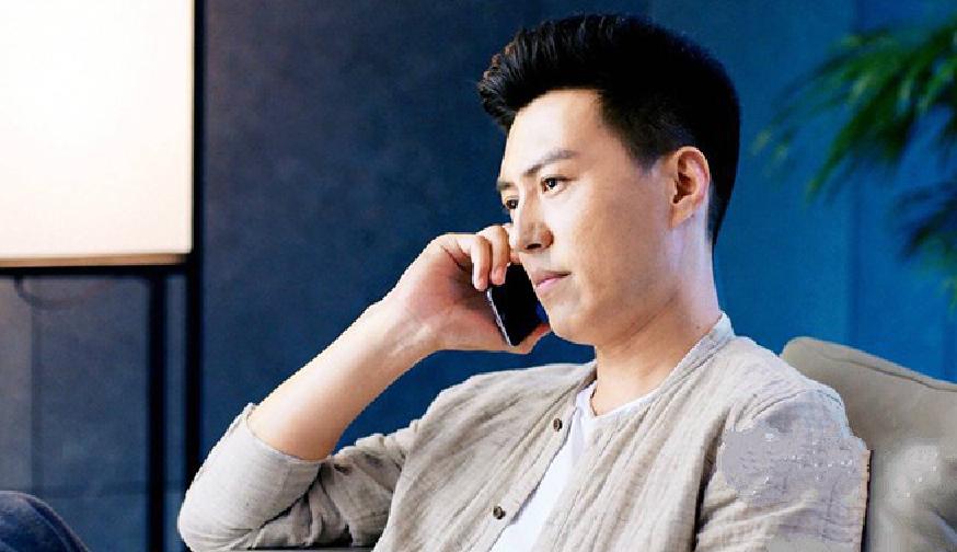 """靳东把北京一套五环边上的""""房""""戴在上了手上?"""