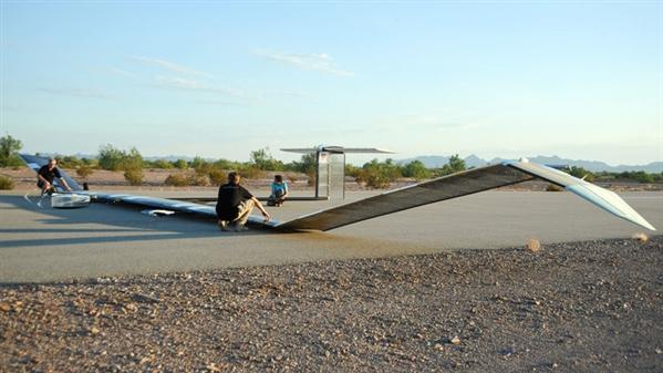 锂硫电池风头正盛 将为无人机和水下机器人提供更好动力