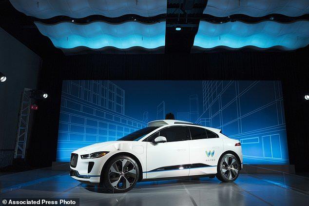 谷歌自驾车公司CEO:欲维护人类驾车的自由