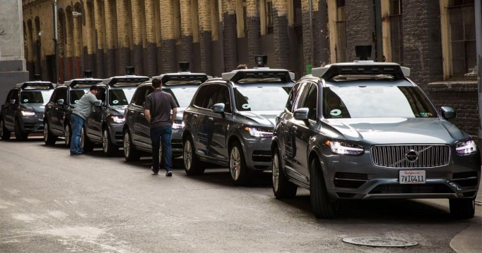 Nvidia宣布暂停自动驾驶汽车路测 改用虚拟测试