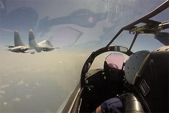 俄2架苏35转场2000公里飞赴北方四岛择捉岛