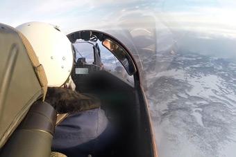 加强北极军力部署:俄罗斯航母舰载机亮剑北极
