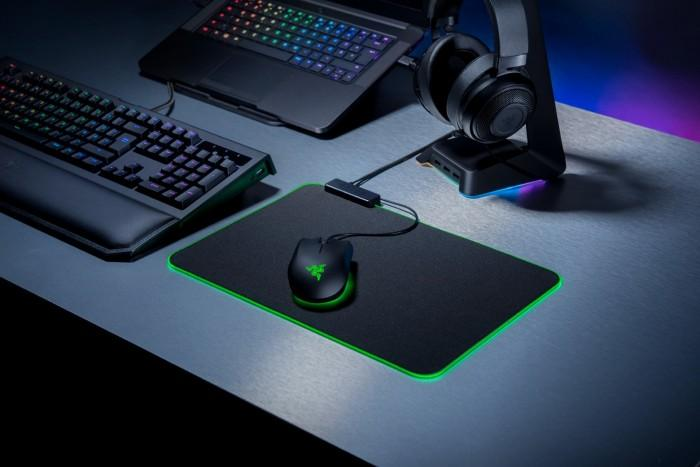 Razer推出Goliathus ChromaLED照明鼠标垫
