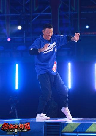 《热血街舞团》全新赛制:鹿晗王嘉尔坐立难安