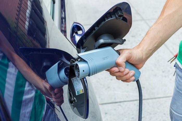 多家汽车制造商联手美七州政府推出EV推广运动