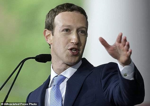 扎克伯格回击苹果:脸书可不仅仅服务有钱人