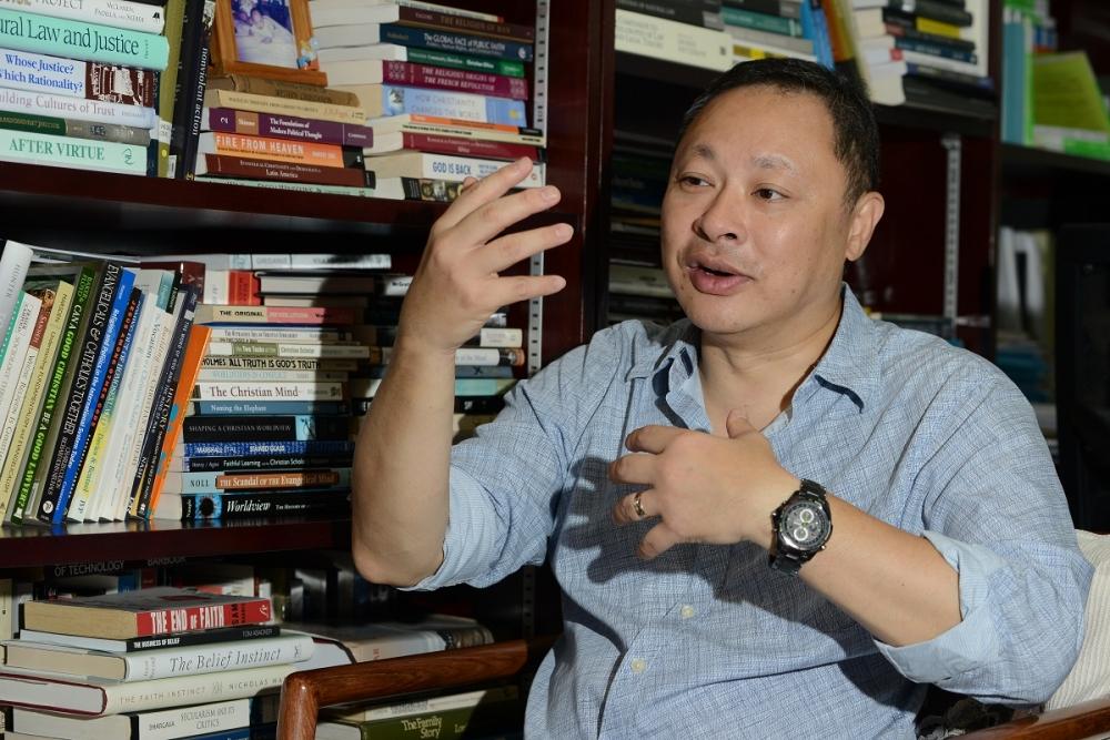 """香港反对派为戴耀廷诡辩 妄言""""学者无需政治正确"""""""