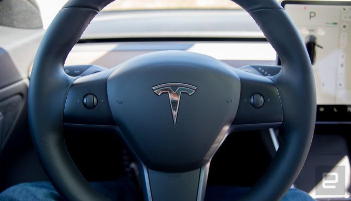 软件升级 斯拉Model3带来自动驾驶控制新操作
