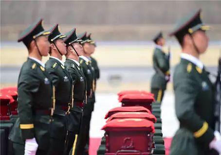 清明祭:从志愿军烈士回家之路到军人要走的路