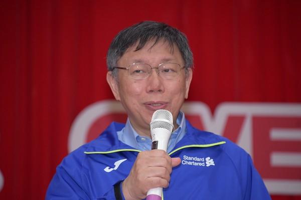 传民进党有意与柯文哲合作 吕秀莲怒轰:难道他赢了会入党?