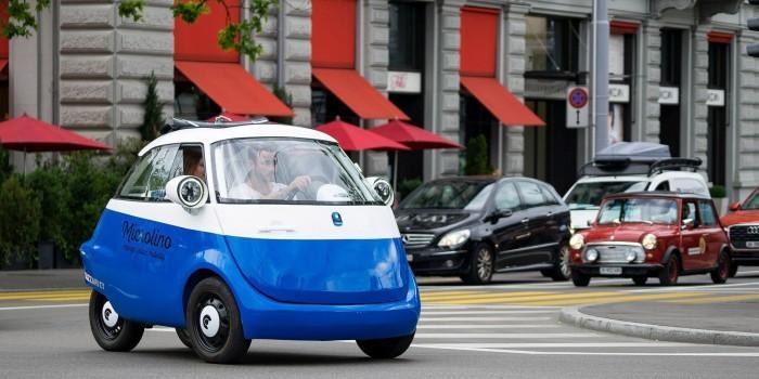 借鉴宝马设计 瑞士公司展示量产版电动三轮车