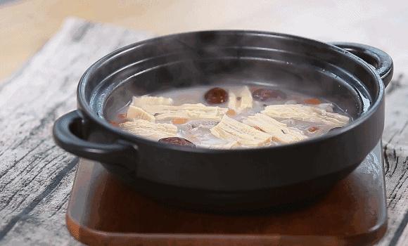 广东人肾病高发是因爱煲汤?煲汤小心养生变伤身