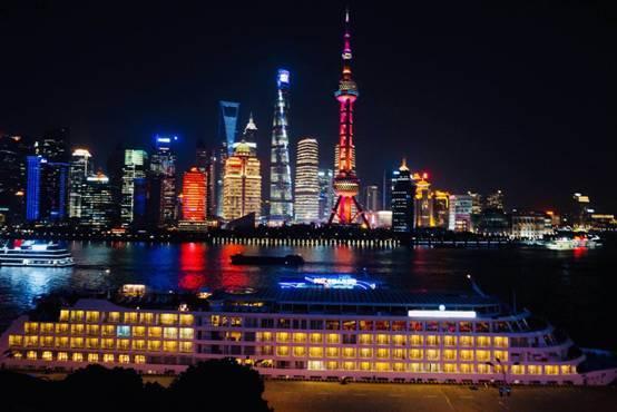 """世纪游轮世纪天子号豪华游轮来沪: """"在这里,看见上海"""""""