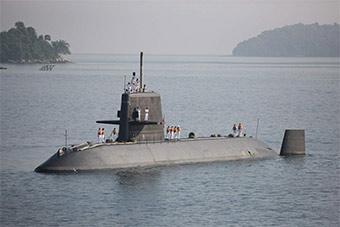 日本海自访问马来西亚 马国开潜艇迎接