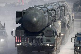俄罗斯举行今年红场阅兵首次彩排 武器抢先看