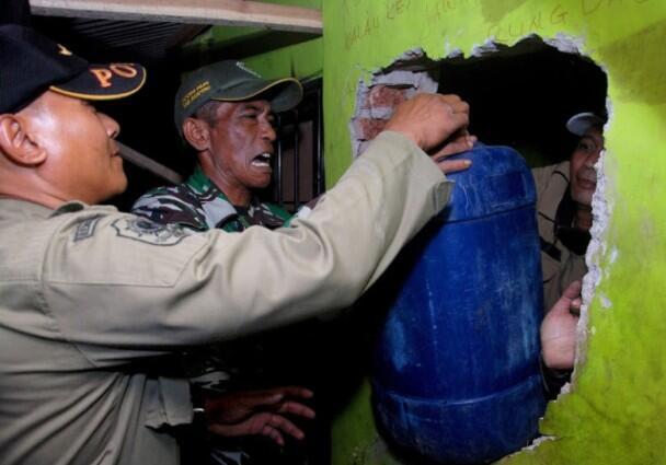 印尼假酒中毒停不下来?一周50人死亡