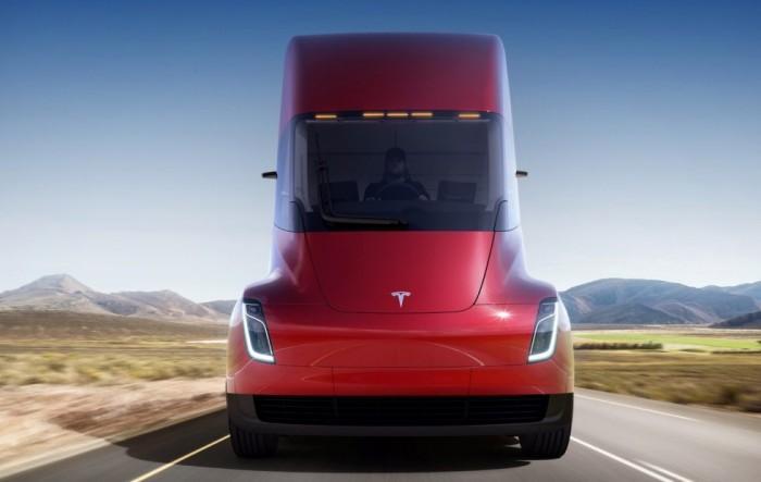 再获50辆订单!特斯拉电动卡车Semi预计明年量产