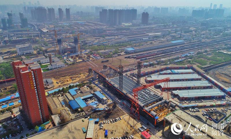 航拍:飞跨亚洲最大铁路编组站大桥开工