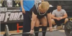 97岁老奶奶完成硬举59公斤