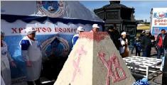 俄罗斯1141公斤复活节蛋糕创世界纪录