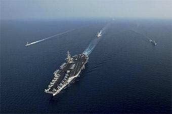 美航母来南海耀武扬威 称四周都是中国军舰